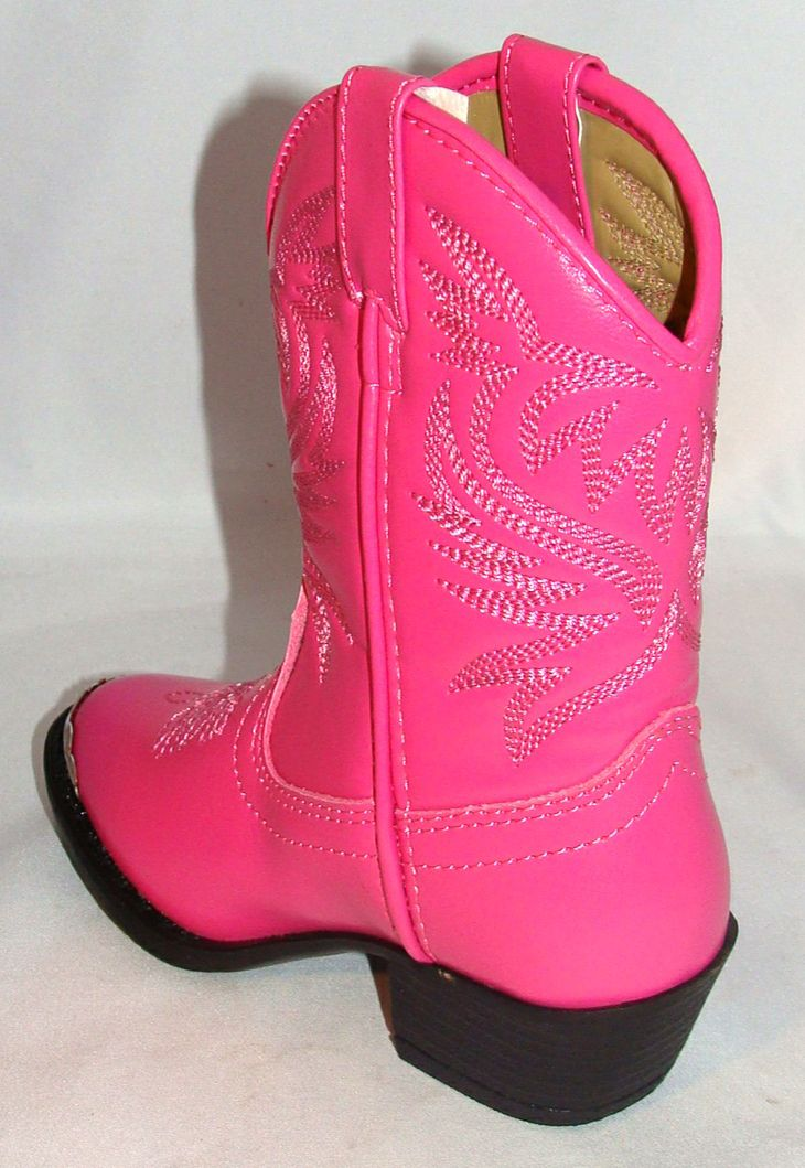 howtocute.com hot pink cowgirl boots 12 #cowgirlboots