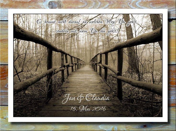 Weg der Liebe * Ein wirklich romantisches Bild mit einem Weg durch den Wald in die Unendlichkeit hinein. Namen und Datum werden individuell eingedruckt. Ein tolles Geschenk zum Aufhängen z.B. als Liebesbeweis oder zum Valentinstag. Eben ein wunderbares Geschenk für den Partner, dem Freund bzw. der Freundin.