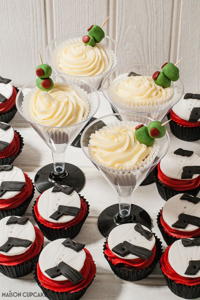 Two ways to make James Bond party cupcakes, I must have a go at these stylish cupcakes. So effective!