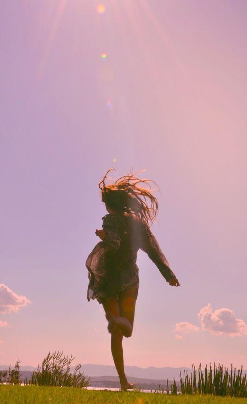 疲れた心に言葉の魔法を♡また頑張ろうと思える素敵女子の名言集 - Locari(ロカリ)
