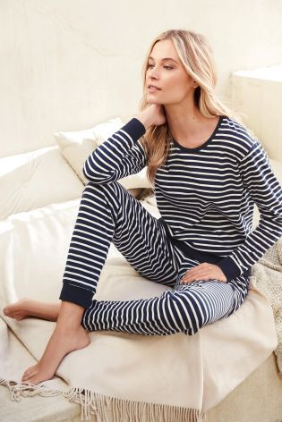 The nautical style is everywhere in the summer, so why shouldn't it be in your nightwear collection? This combo looks super cosy!