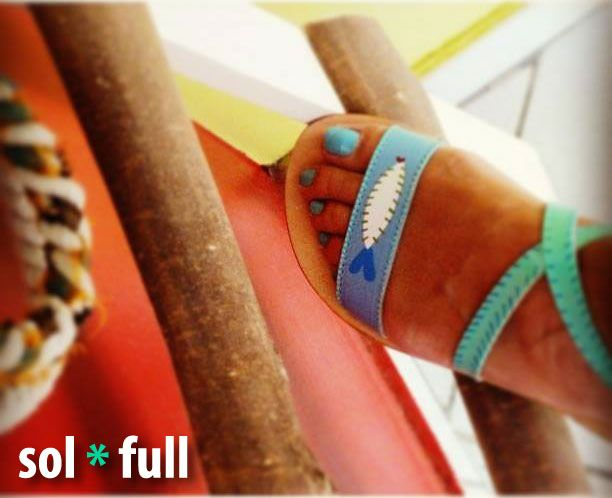 Fish.Handmade - Handpainted leather sandals