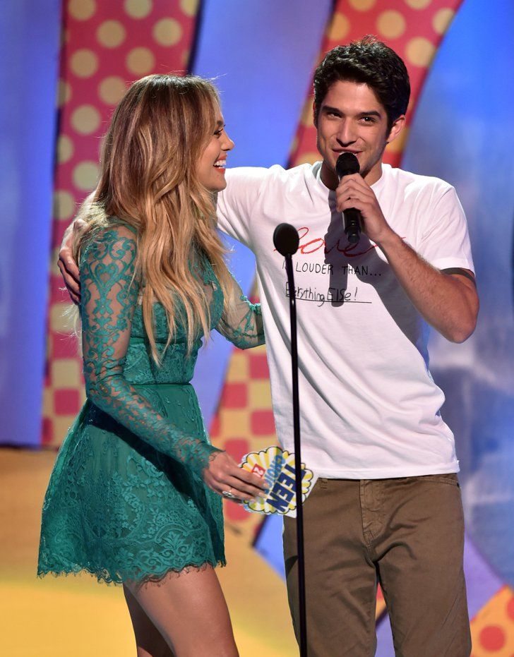Pin for Later: Jennifer Lopez and Tyler Posey Have a Maid in Manhattan Reunion