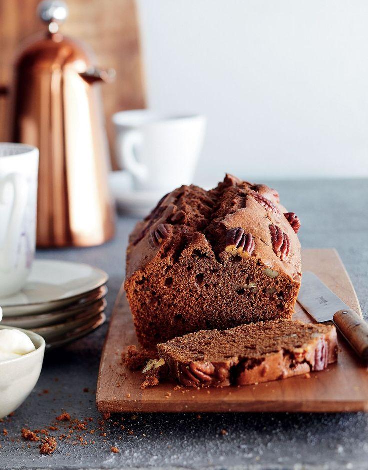 Tarjoa kahvikakun kanssa vaniljalla maustettua kermavaahtoa.