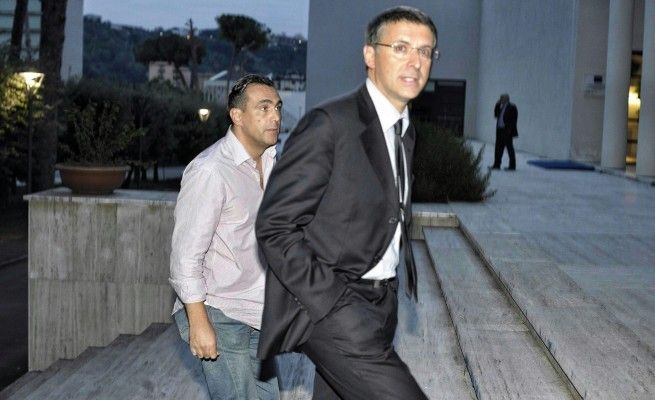 """#TerradeiFuochi, l'allarme di Cantone: """"Si rischia la confusione dei ruoli"""""""