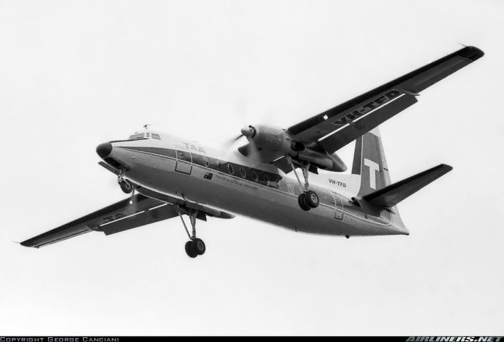 Fokker F-27-100 Friendship aircraft picture