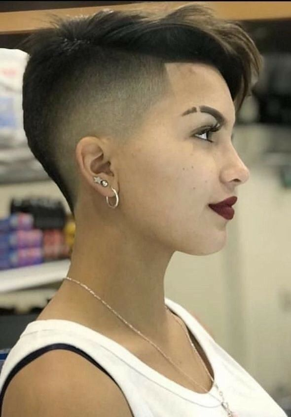Short Hair Undercut, Short Pixie Haircuts, Undercut Hairstyles, Pixie Hairstyles, Cool Hairstyles, Short Shaved Hair, Wedding Hairstyles, Men's Hairstyle, Medium Hairstyles