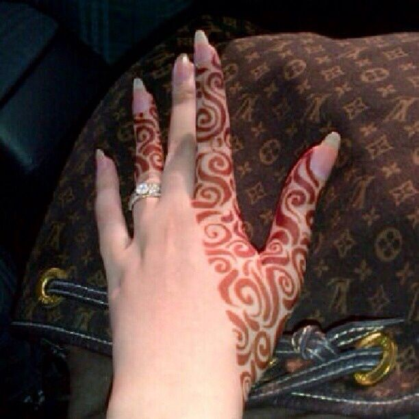 Henna and Louis Vuitton❤️