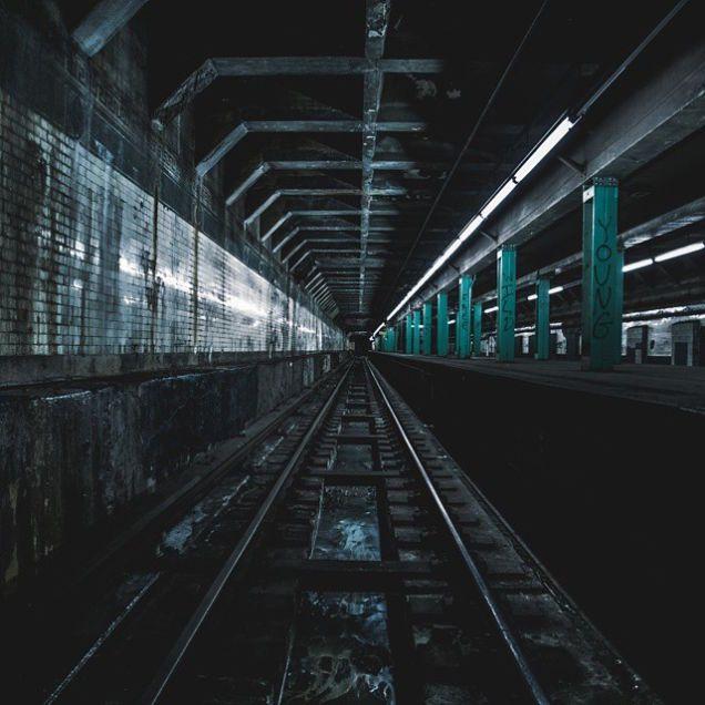 命がけでもそれがたまらん! ニューヨーク地下鉄の廃駅に潜入 - ツイナビ   ツイッター(Twitter)ガイド