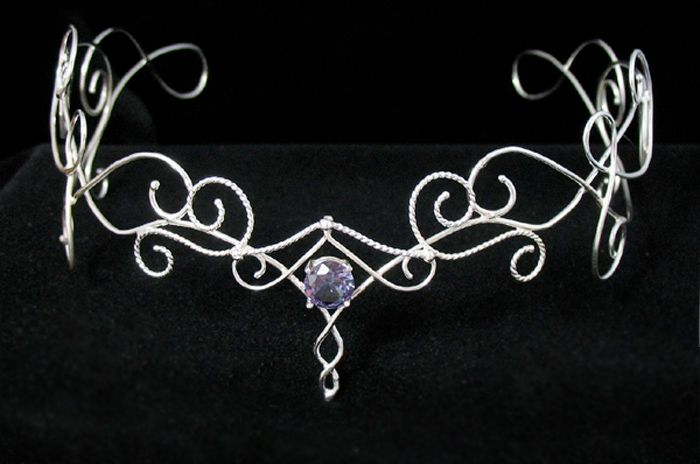 Silver Vine Headpiece - Camias Jewelry Designs Specializing in Wedding Circlets, Bridal Headpieces, Celtic Circlets, Bracelets, Pendants, Arm Wraps and Neck Torcs