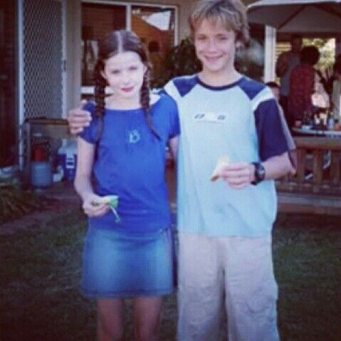 They look adorable together! Jeremy Sumpter and Rachel Hurd-Wood