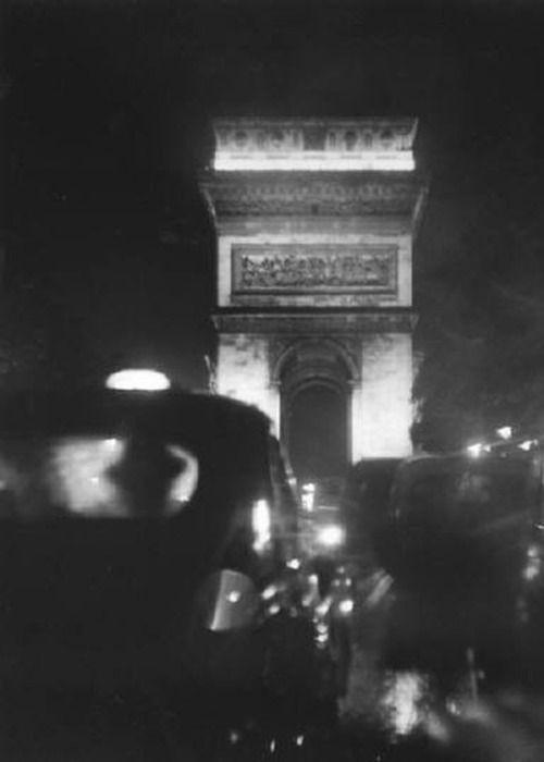 Elliott Erwitt, Paris, 1956