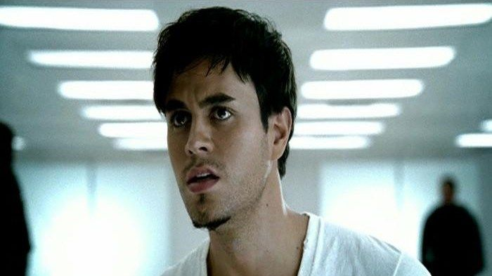"""Music Video: """"Addicted"""" by Enrique Iglesias on @vevomusic"""