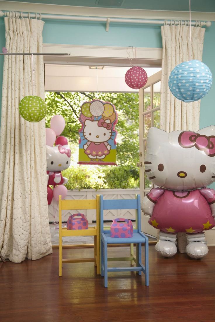 Hello Kitty Balloon Dreams  Birthday Party Planning Guide #Birthday #Girls #BirthdayExpress