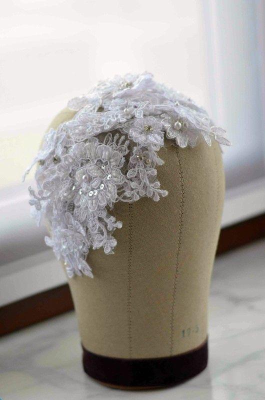 Vintage style bridal hair accessory, Headband, white lace. Veil, cap, headpiece.