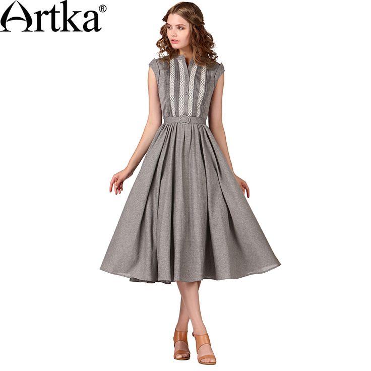 Хлопковое платье с расклешенной плиссированной юбкой, украшенное пуговицами