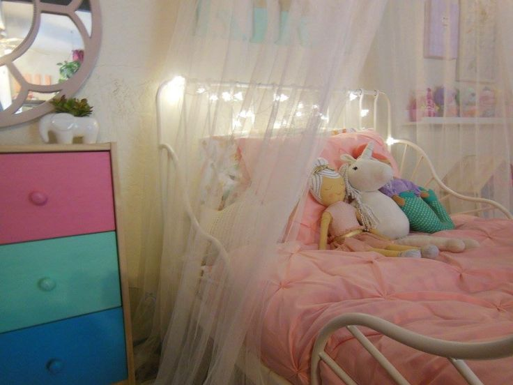 17 best toddler girl bedroom decor heart rainbow unicorn mermaid images on pinterest