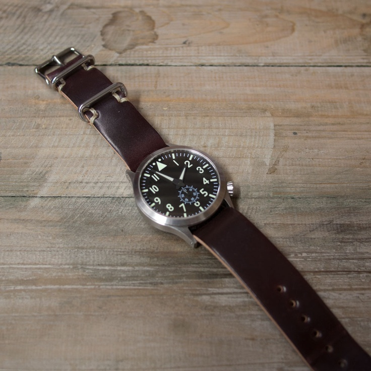 Wood and Faulk — W Passthrough Watchstrap - Cordovan No.8