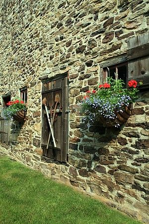 I love this stone building at Pheasant Hill Farm in Bucks County, PA.