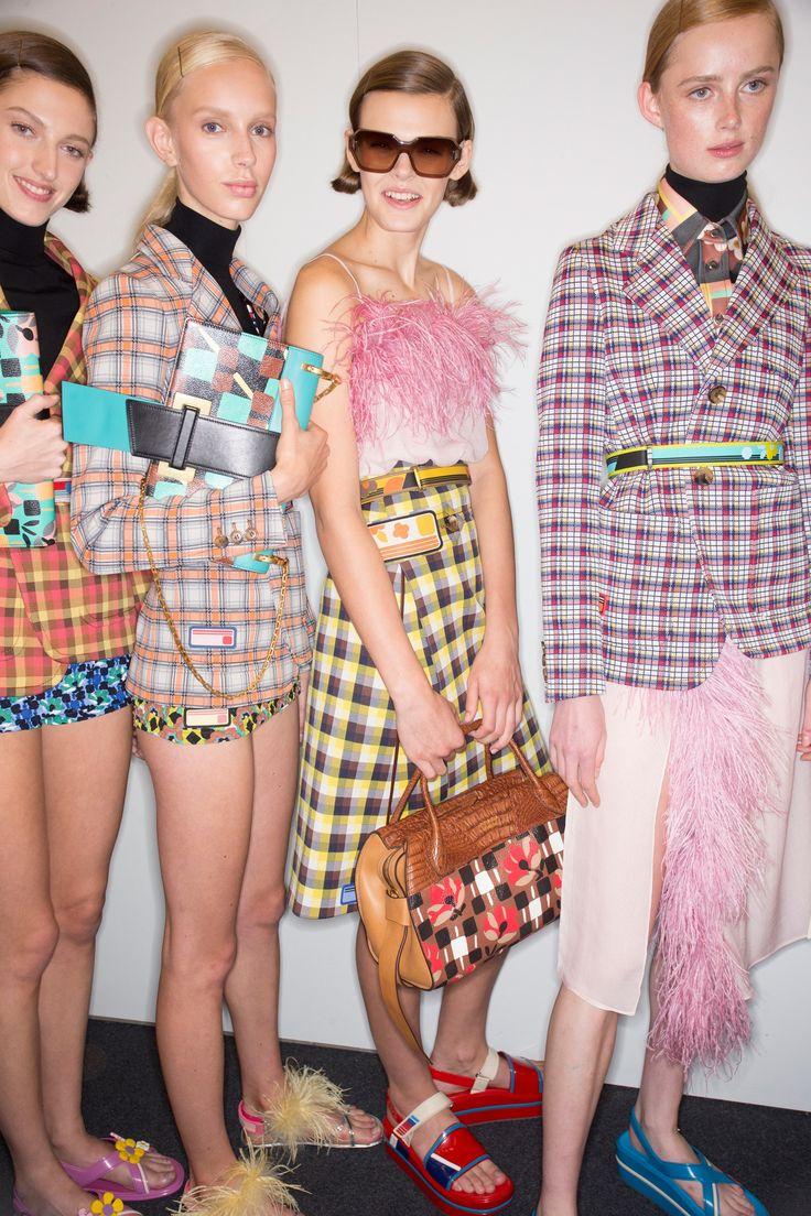 Prada Spring 2017 Ready-to-Wear Fashion Show Beauty