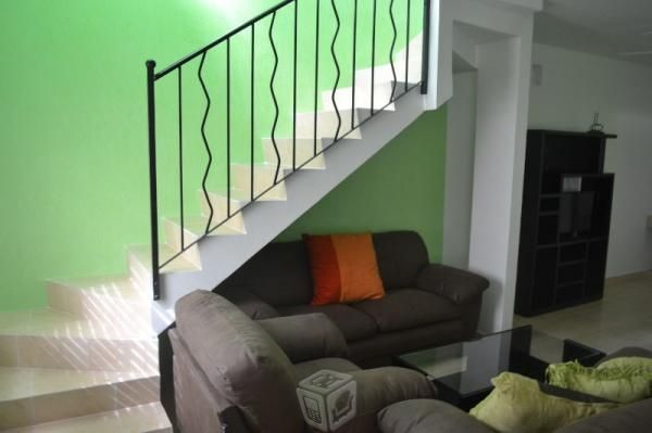 Casa En Renta En Playa Del Carmen, 3 Rec Amueblada