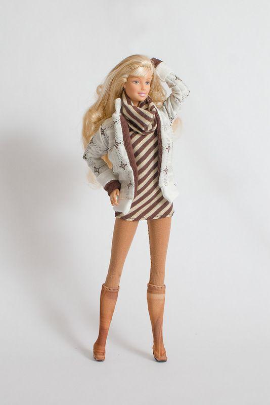 Осенняя утепленная куртка, платье, колготы, сапоги