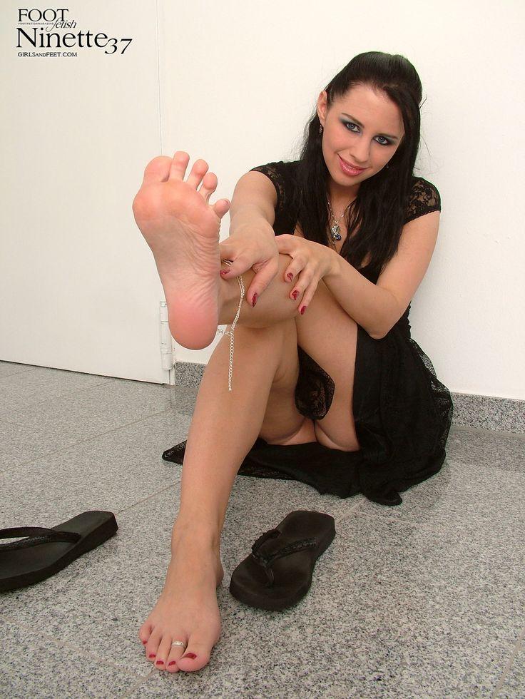 18 Best Feet Images On Pinterest  Sexy Feet, Sexy Legs -7641