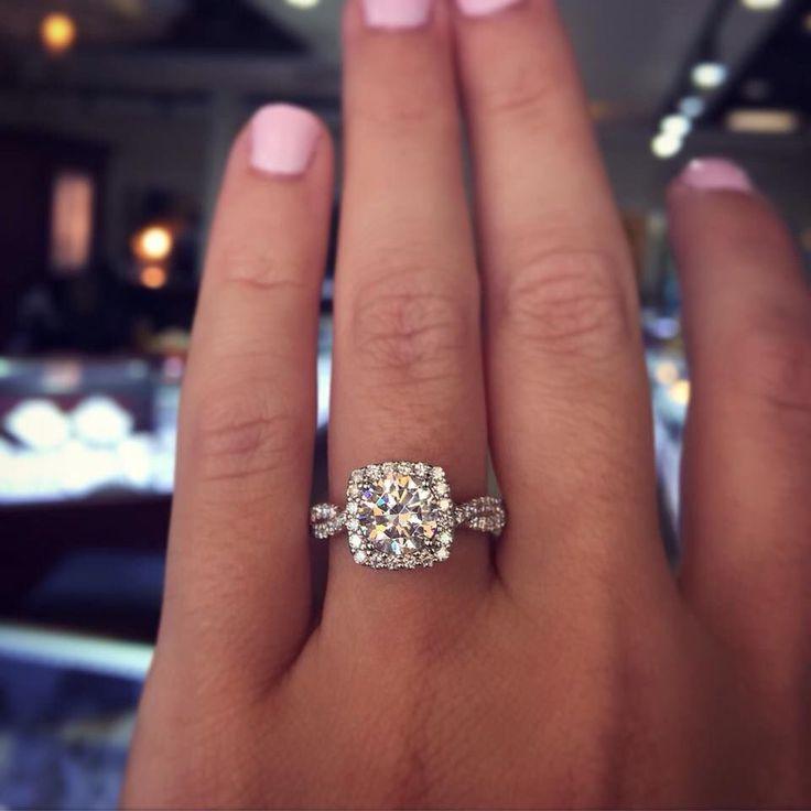 Princess cut, diamond halo, twisted diamond band perfect In love