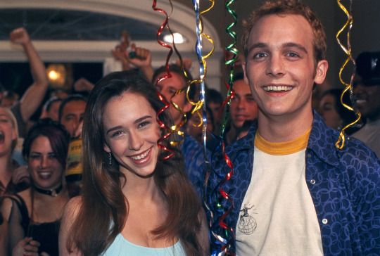Jennifer Love Hewitt and Ethan Embry in Can't Hardly Wait (1998)