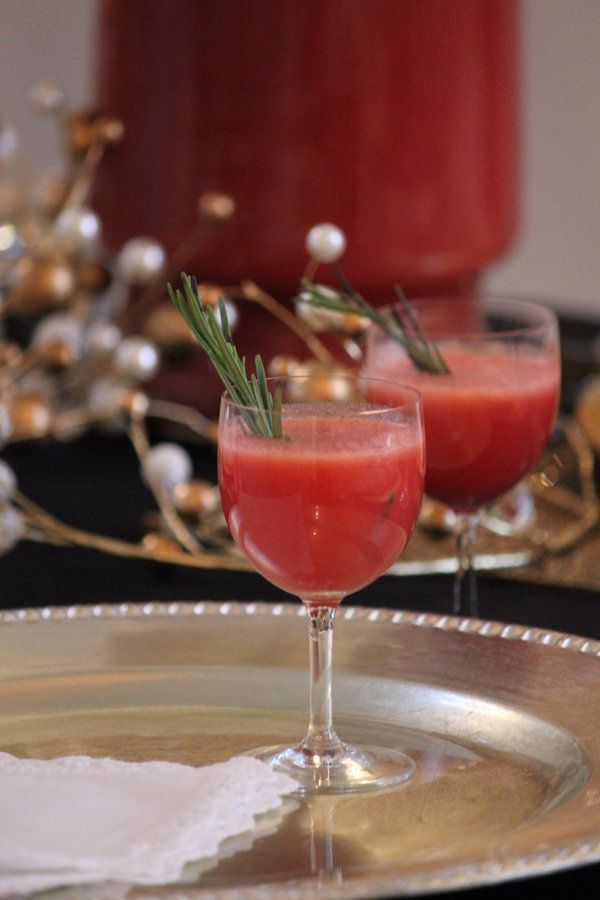 Cranberry and Pomegranate Red Punch Recipe | Clean Eating with Clean Cuisine   Looking for a festive, fresh and creative punch to ring in the 2015 New Year? I have just the thing. My red punch recipe is guaranteed to get the party started….and nobody needs to know it's spiked with antioxidants, phytonutrients and fiber. It doesn't even have any refined sugar.