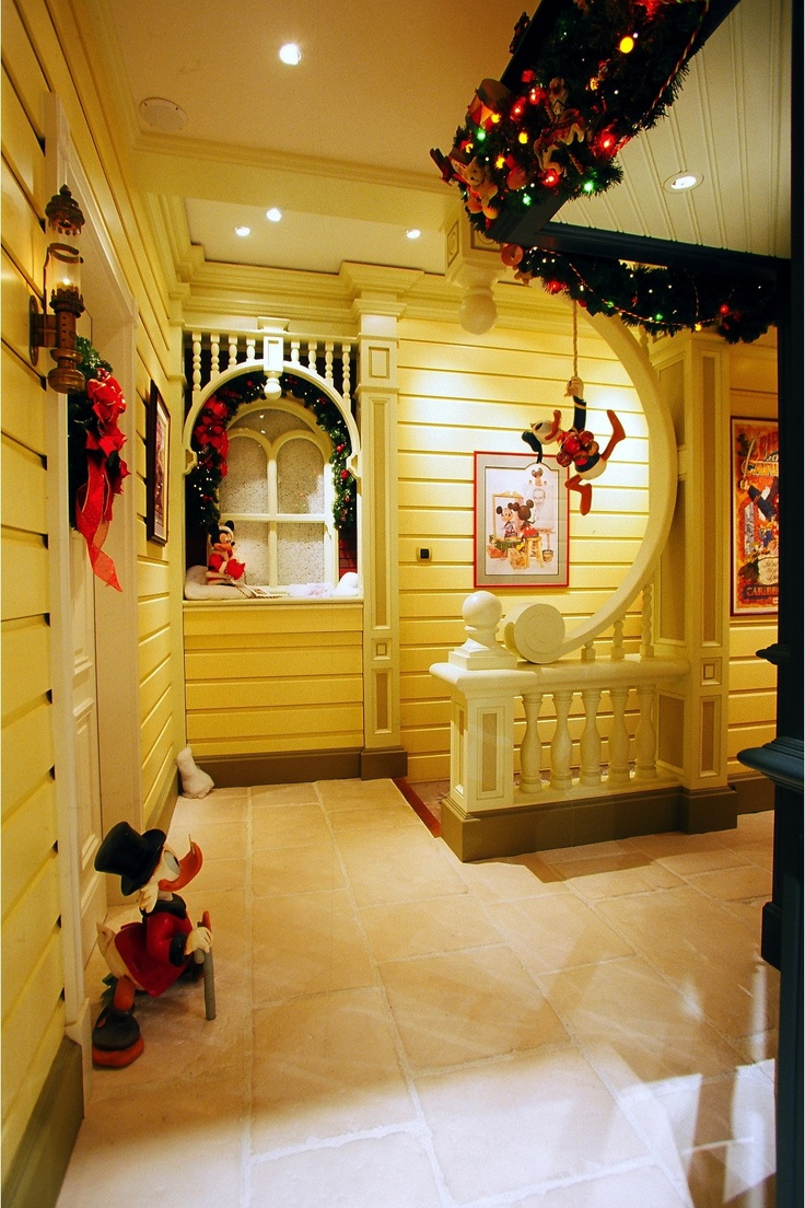 203 best Disney Themed Rooms images on Pinterest | Themed rooms ...