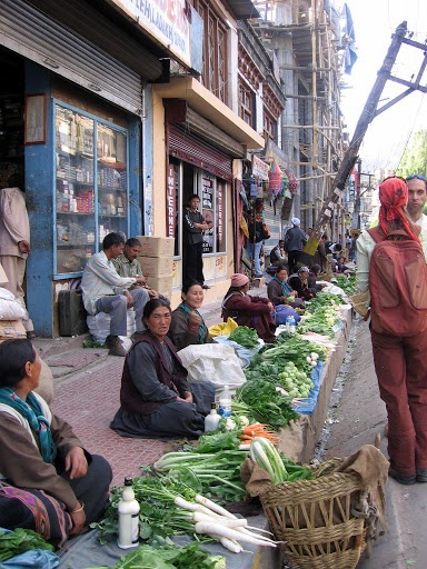Leh Ladakh Un - assuming, going about their daily activity of selling vegetables, these Ladakhi womens' eyes were full of anticipation. The holiday season would end, 1 month later, and they had to earn and save for the harsh dry winters which awaited them, until the spring knocked again and so also the tourists!Ahh the long wait