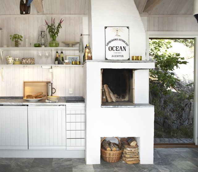 scandinavian #kitchen with #fireplace