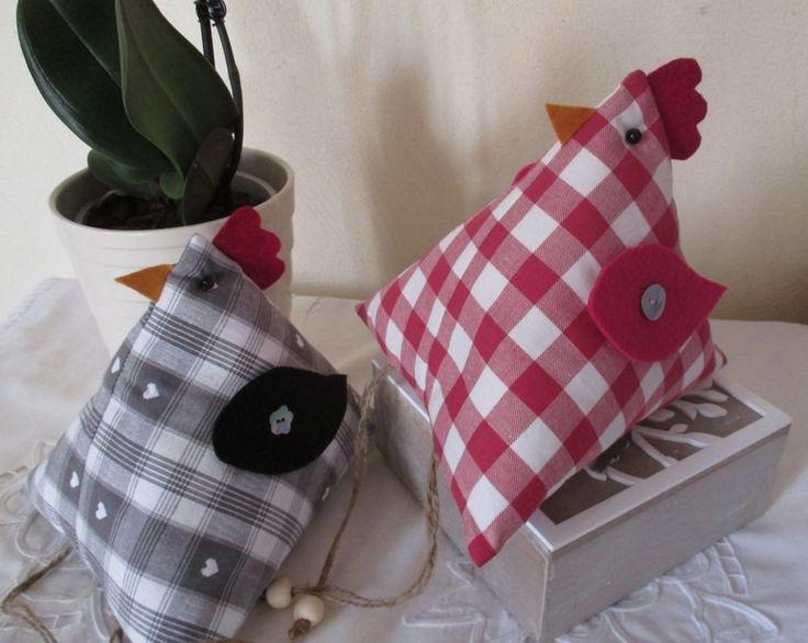 """Réservées J ..... """" Thème Pâques """" Deux Poules en tissu couture : Décoration pour enfants par l-atelier-de-ninon-pois-de-senteur"""