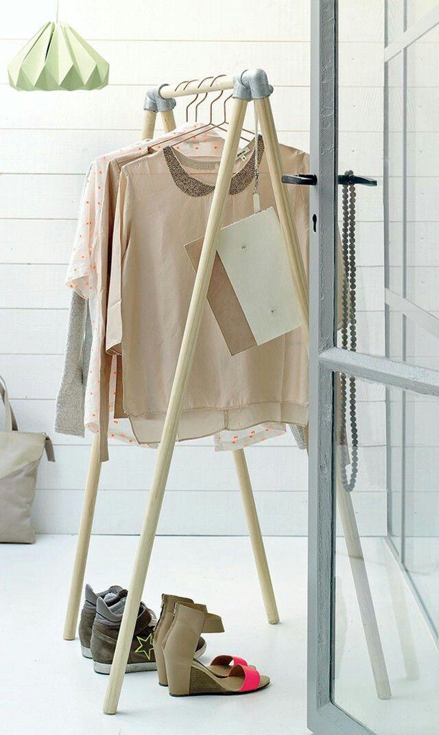 diy wooden clothing rack fashionista pinterest clothing racks clothing and diy and crafts. Black Bedroom Furniture Sets. Home Design Ideas