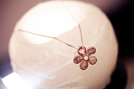 Wire Art Jewellery: Flower pendant made with fine copper wire by Sarah Jansma