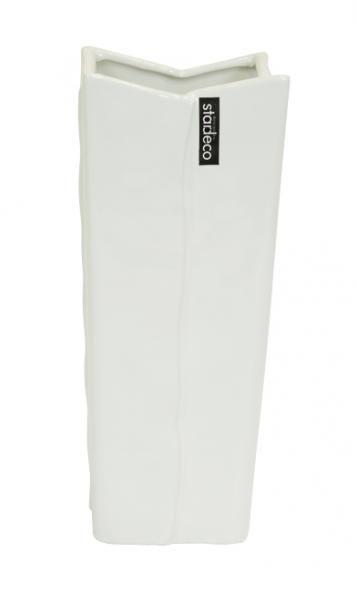 Netradičně tvarovaná keramická váza v bílé barvě je vhodná k aranžování květin