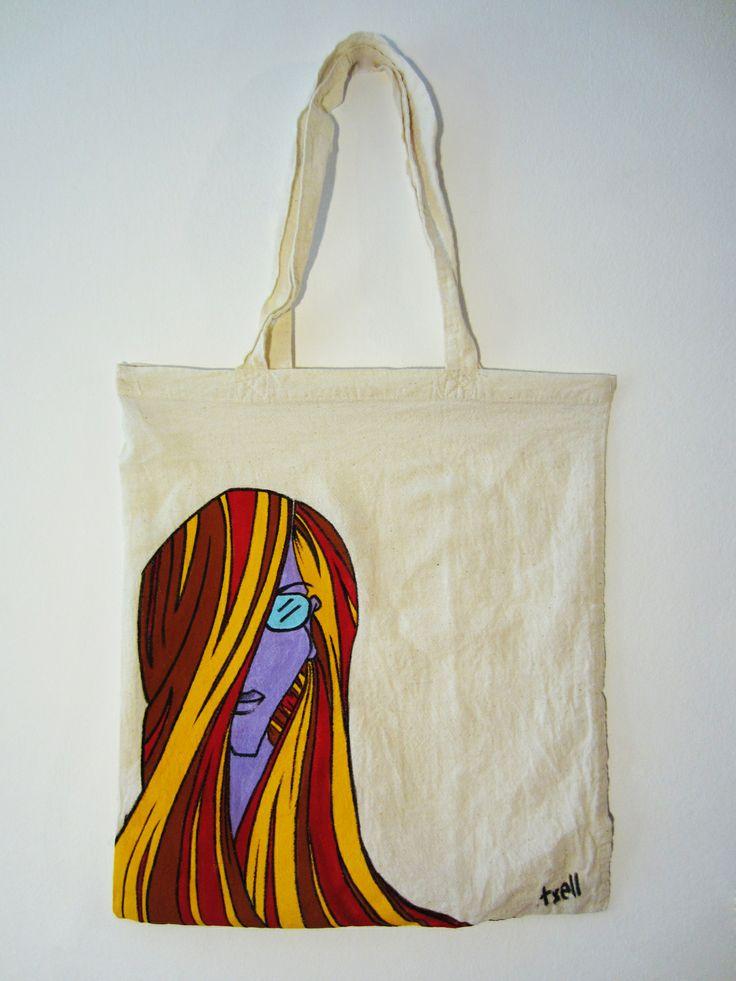 """Bolsa """"Chica"""". 100% algodón de 36x36cm, pintada a mano con pinturas y rotulador textiles."""