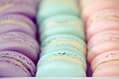 | pastel macaroons |