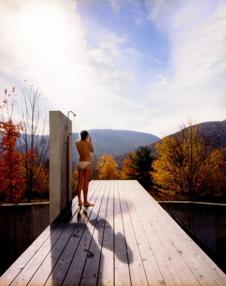 Outdoor shower residential project by anderson architects for Outdoor shower tower