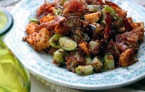 Rode quinoa met zoete aardappel, aubergine en spruitjes