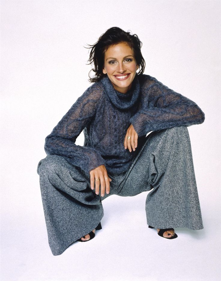 More oversized turtleneck and pants. I love how the cable on the turtleneck is even a relaxed line!