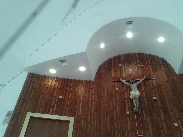 Iluminación en Templo