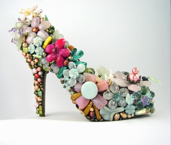 Gem encrusted shoe I made for a local non-profit luncheon - will be a center piece and then auctioned off. So much fun to make!