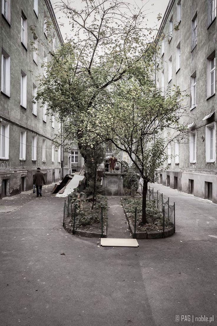 Podwórko kamienicy przy Targowej 67, Praga-Pólnoc, Warszawa