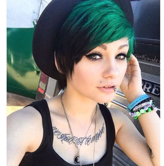 Best HeyThereImShannon Images On Pinterest Emo Hairstyles - Emo girl hairstyle video