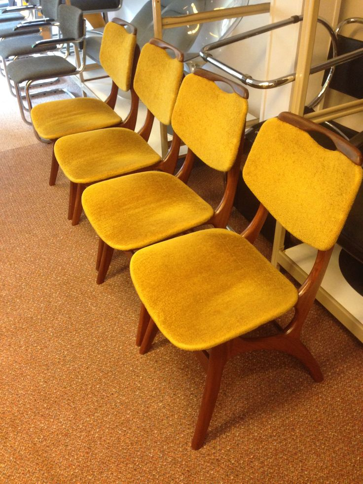 Lovely teak wooden mid-century dining chairs