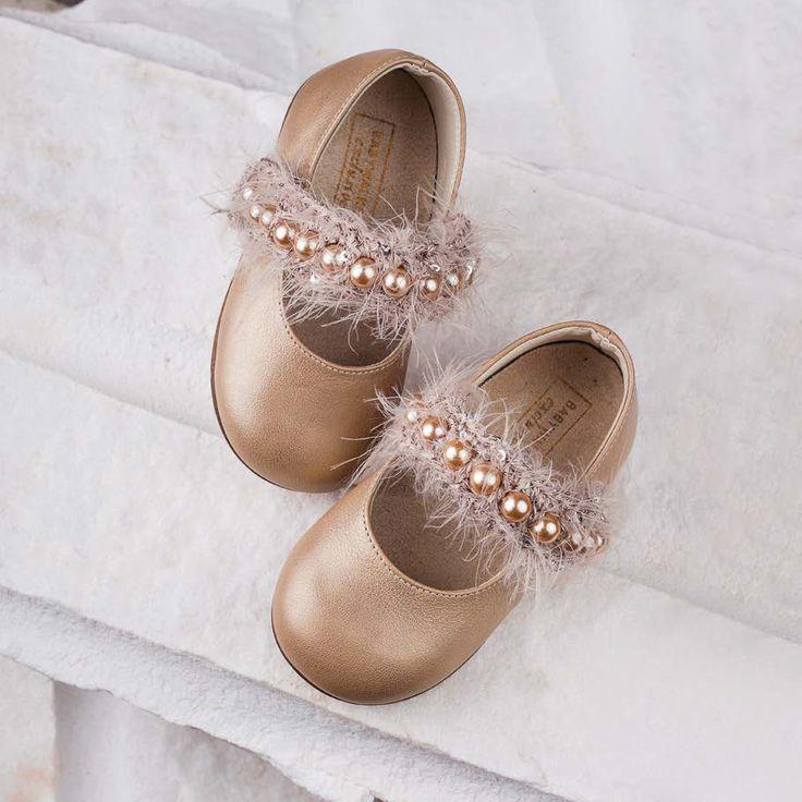 Детски обувки подходящи за кръщене и вашият специален повод
