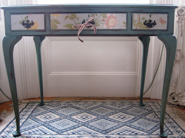 Use wallpaper or fabric left overs to spruce up old furniture and make a statement! Love it!