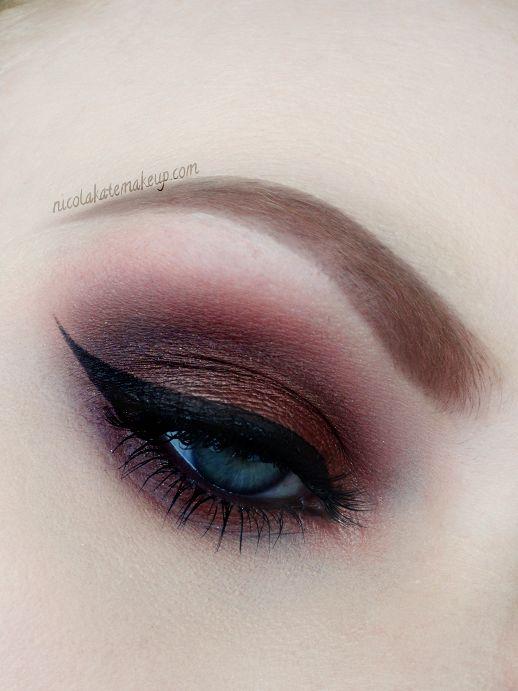 Nicola Kate Makeup -  Sensually smokey